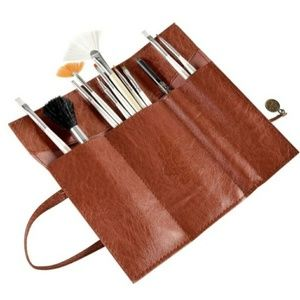 NEW Leather Cute Tri Fold Cosmetic Brush Holder